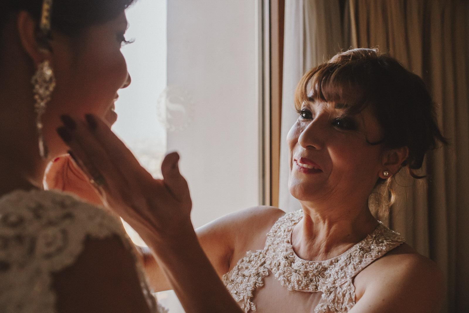novia y mama en el hotel sheraton lima